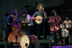 Photos: The Avett Brothers – PNC Bank Art Center